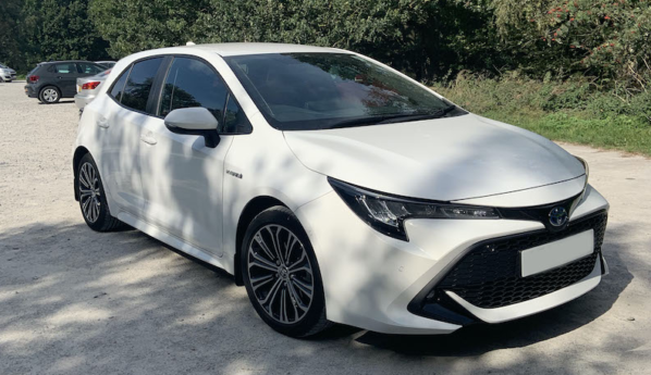 Toyota Corolla 1.8 Hybrid – Owners Review (it's absolutely amazing)